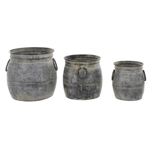 Metal Round Hampshire Planters  Set of 3 Tubs