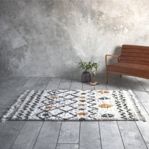 Navaho Tufted Rug | The Farthing