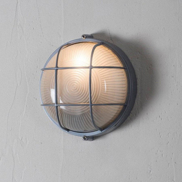 Outdoor round Bulk Head Light at the Farthing