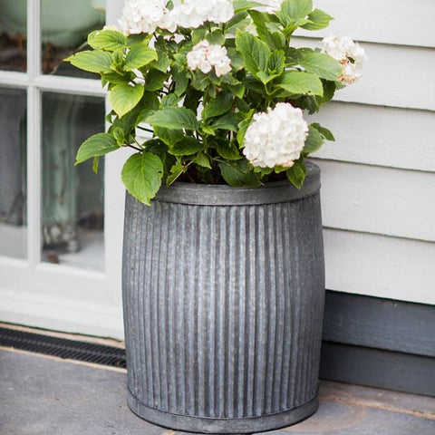 Large Rustic Round Deep Vence Fluted Planter - The Farthing