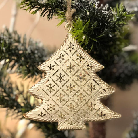 Rustic Hanging Christmas Tree | The Farthing