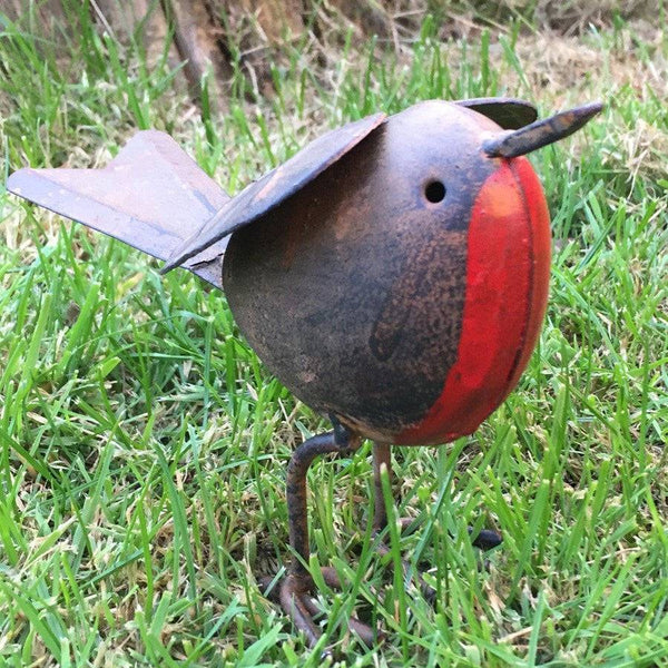 Rustic Robin Metal Garden Ornament - The Farthing
