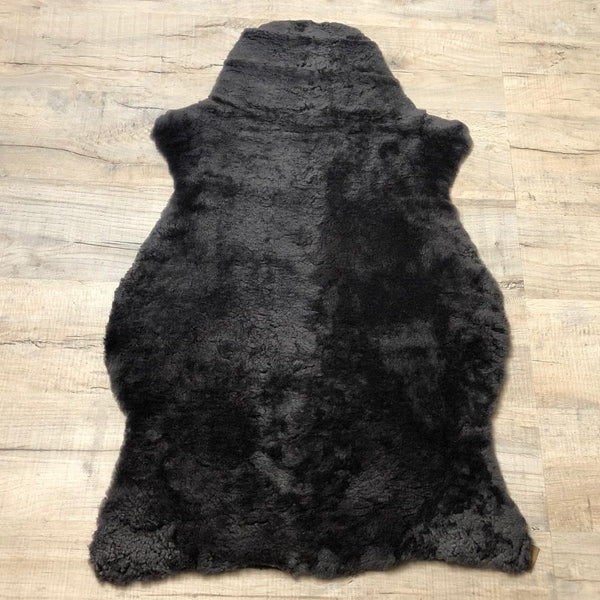Shepherd of Sweden Charcoal Sheepskin Rug | Farthing