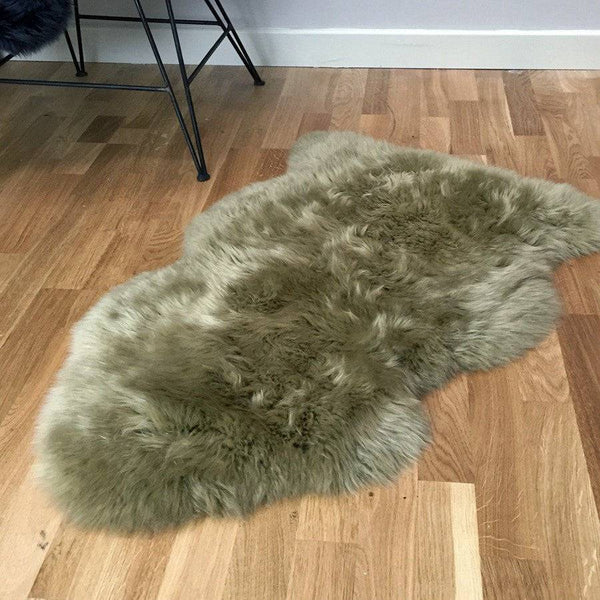 Sumptuous Thorn Sheepskin Rug - The Farthing