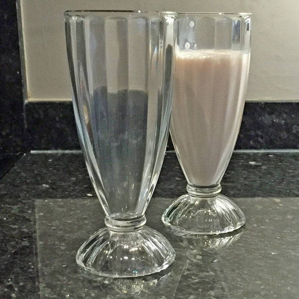 Retro Canteen Style Classic Milkshake Glasses - Set of 4 - The Farthing