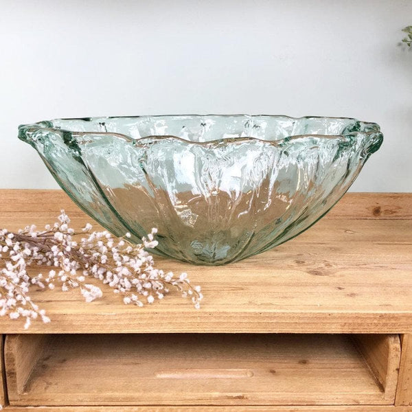 Deep Round Spray Display Bowl at the Farthing 1