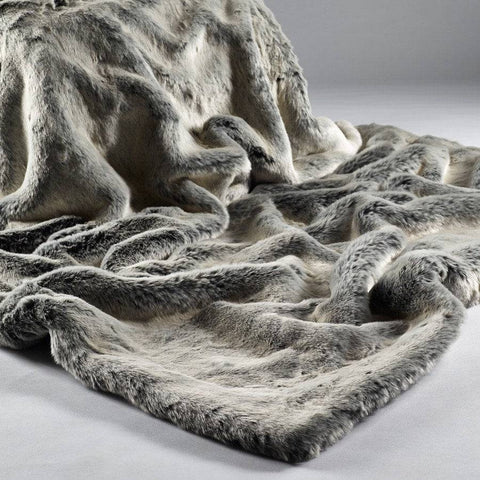 Shimmering Grey Luxury Soft Faux Fur Siberian Fox Throw - Large - The Farthing