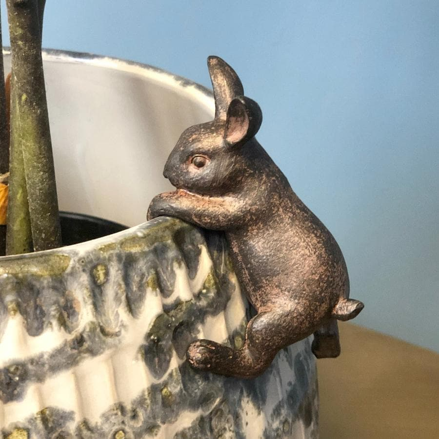 Hatty Hare Pot Hanger at the Farthing 1