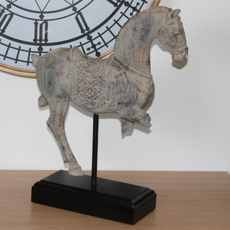 Vintage Inspired Horse on Stand at the Farthing 1