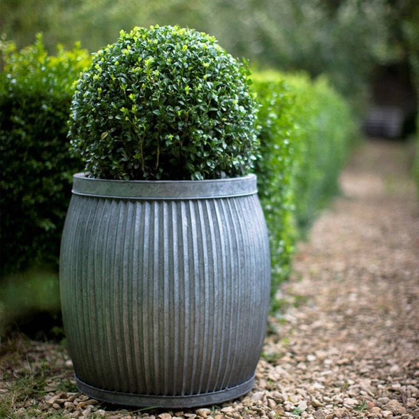 Extra Large Rustic Round Deep Vence Fluted Planter - The Farthing