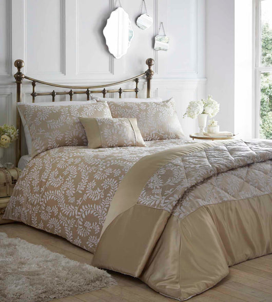Zahara Quilted Throw Oyster