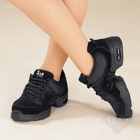 Black split sole street dance sneakers