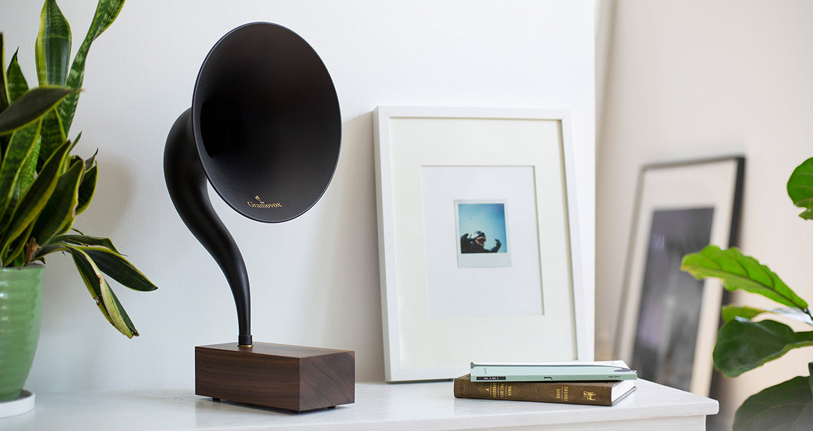 Bluetooth Gramophone 2.0 – Vintage Wireless Speaker, iPhone/Android Compatible | Gallery – Black Steel Horn, Scene-View, Living-Room