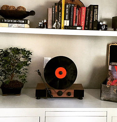 Floating Record Vertical Turntable – Vertical Record Player with Built-in Speakers | Customer Review Image Upload – Toshi Richardson