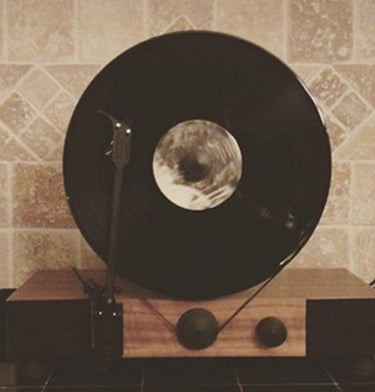 Gramovox Floating Record Vertical Turntable | Full Range Sound
