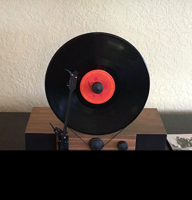 Gramovox Floating Record Vertical Turntable | Listen Your Way