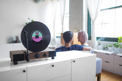 Gramovox Floating Record Vertical Turntable | Maple | Lifestyle