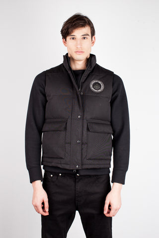 Lee Winter Vest in Black