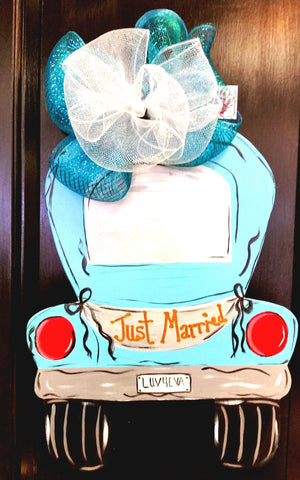 Wooden Door Hanger Just Married - Little Bug Craftz