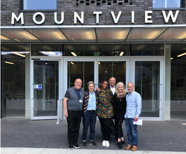 PINEAPPLE COMMUNITY AT MOUNTVIEW