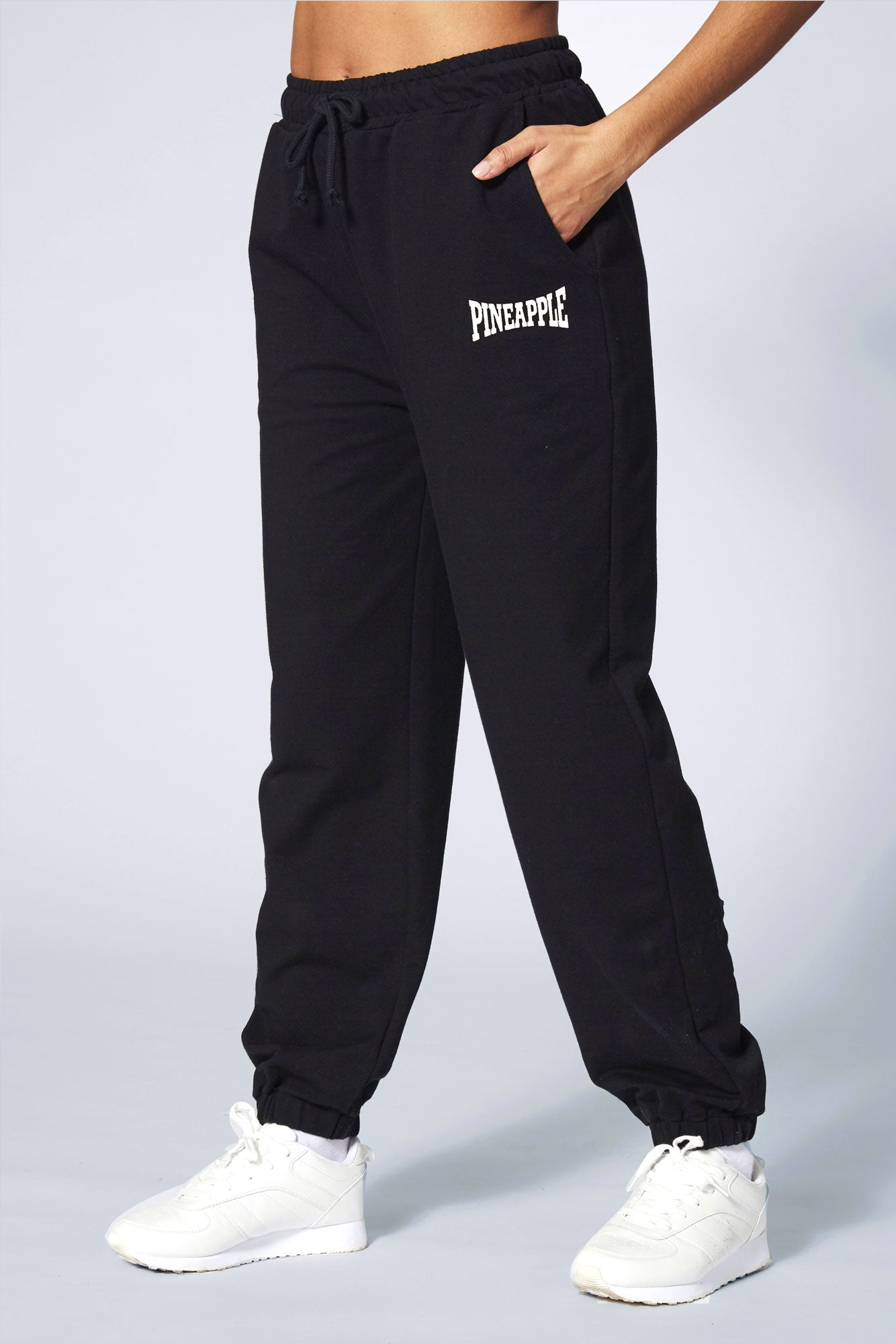 Pineapple Dance Women's Black Oversized Pocket Jogger online PT17500A1