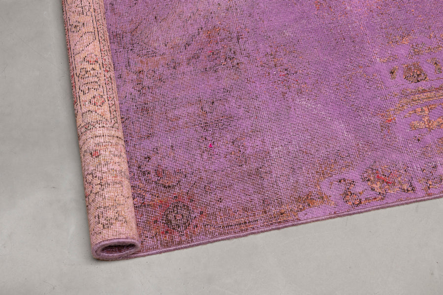 Vintage Rug <br> 'Parting Glances #636'