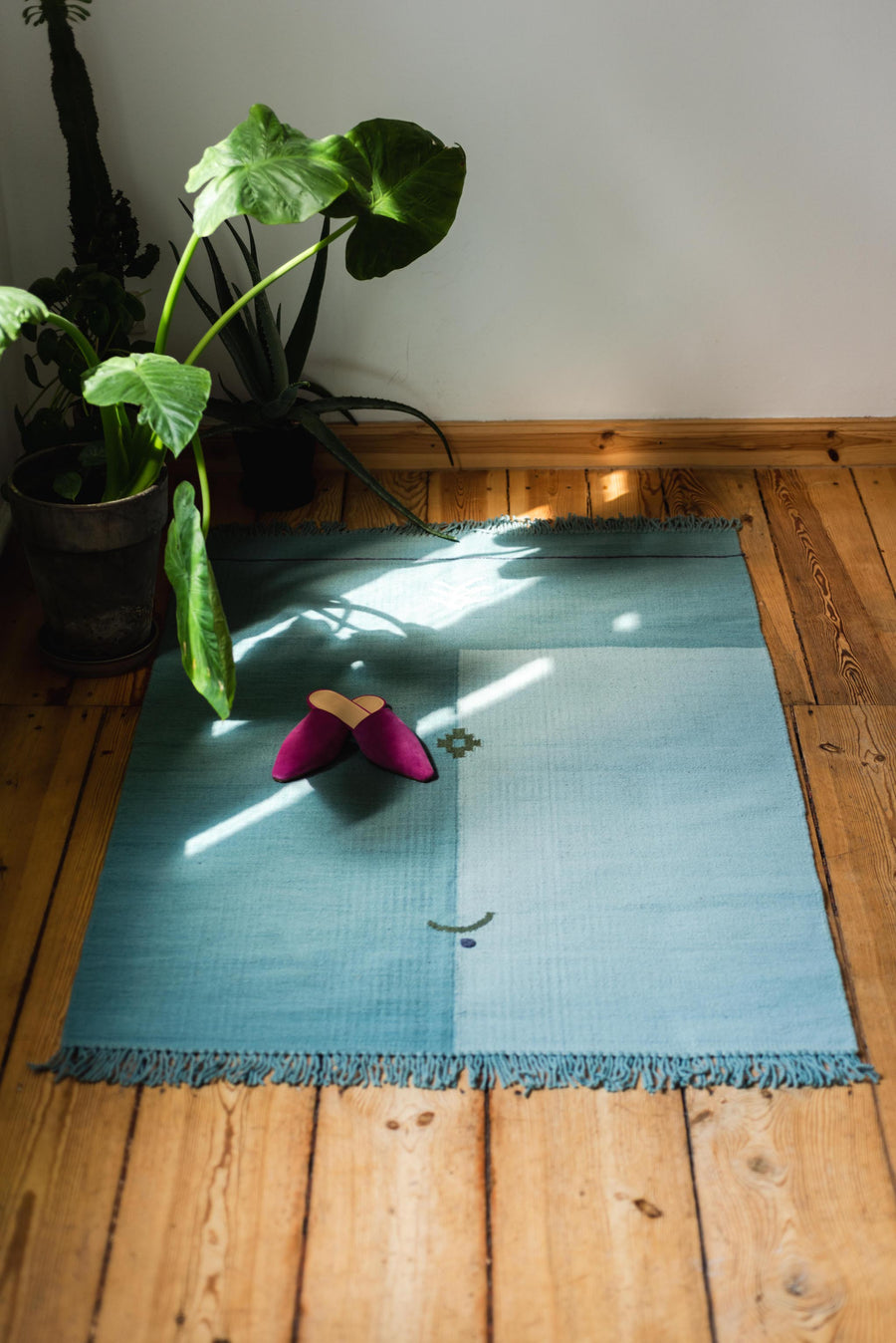 THE KNOTS x anne. <br> Kilim Rug 'Sea'