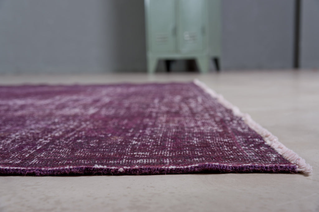 Vintage Rug - handmade purple - THE KNOTS