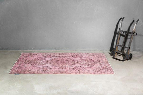 THE KNOTS - Vintage Teppich - handgemacht - Carpet - Rug - handmade - Anatolia - pattern - muster - wool - wolle - overdyed - pink