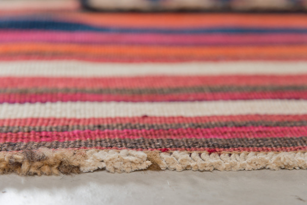 THE KNOTS - Vintage Persian Kilim Teppich - handgemacht - Carpet - Rug - handmade - pattern - muster - wool - wolle - diamond - red - burgundy - brown - striped