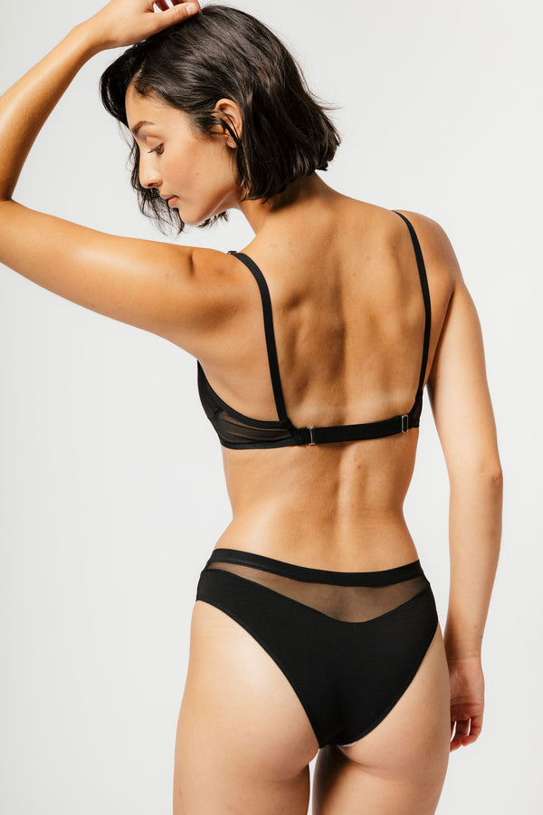 Low Rise Logan Bikini in Black