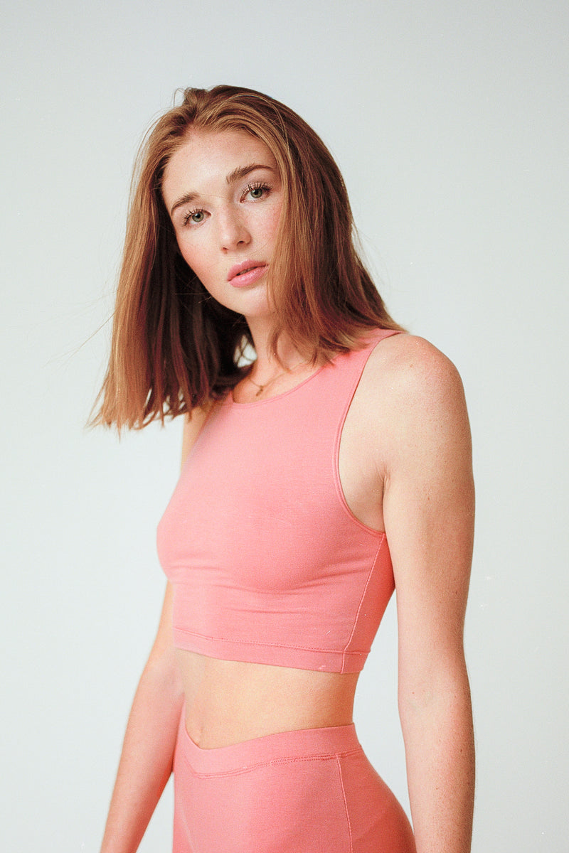Wallace Crop in Rose