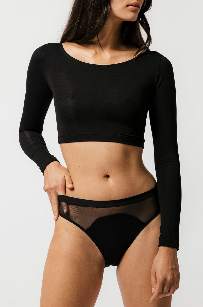 Skye Crop in Black