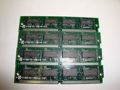 Hyundai 4MB 70NS 72-PIN SIMM HYM536100AM-80 QTY 4 - Micro Technologies (yourdrives.com)