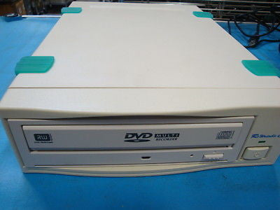 Panasonic SW-9576-C Ext.Firewire IEEE 1394 Multi Drive DVD-RAM DVD Burner - Micro Technologies (yourdrives.com)