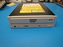 Panasonic LF-D201 SCSI  DVD Burner - Micro Technologies (yourdrives.com)