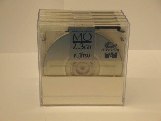"Fujitsu 2.3GB MO Media CA90002-C031 5-Pack Rewritable 3.5"" - Micro Technologies (yourdrives.com)"