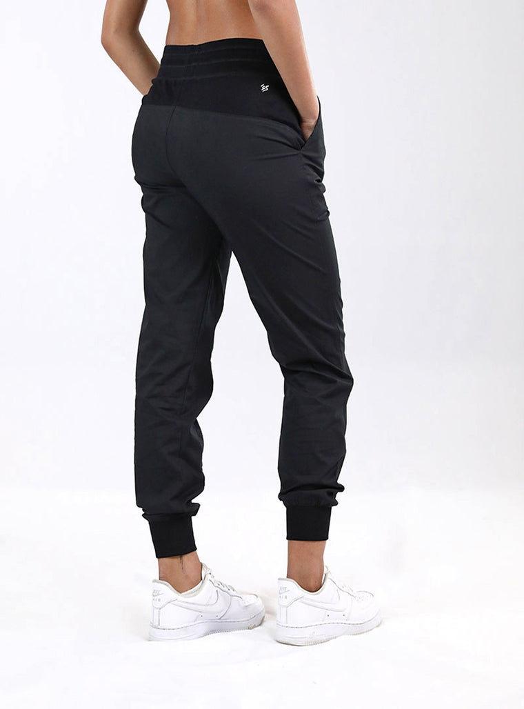 Breeze Jogger | Black