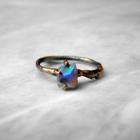 14-24K/Sterling Small Opal Ring
