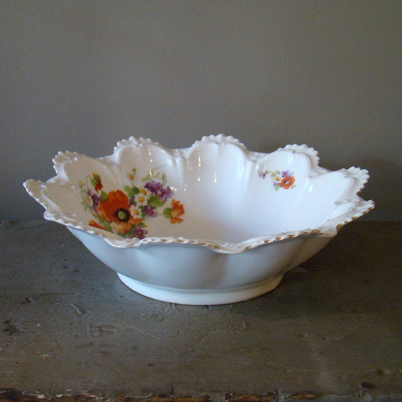 Vintage Decorative Rim China Bowl