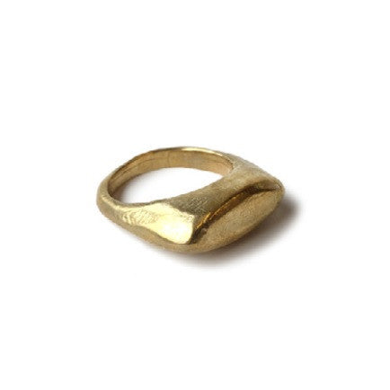 Plateau Ring in Brass
