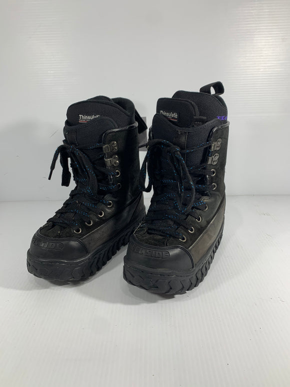 Heelside Snowbaord Boots - Size 8 - Pre-owned (1749DD)