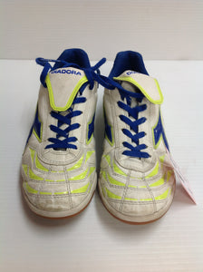 Diadora Indoor Soccer Cleats (HLE47T) -Used