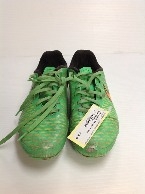 Nike Outdoor Soccer Cleats (Z8GR27) -Used