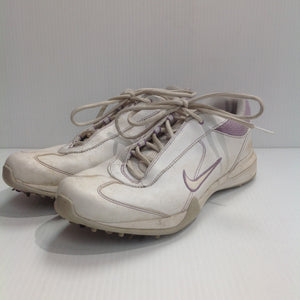 Nike Women's Golf Shoes - used (AHZS47)