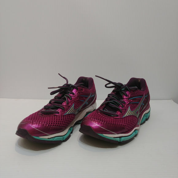 Mizuno Wave Enigma 5 Running Shoes - Women's 9 - Pre-owned (SD8CU2)