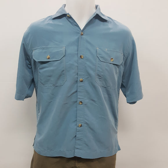 The North Face Button Up Shirt (Approx New:$70) (SKU:XLKYWY)