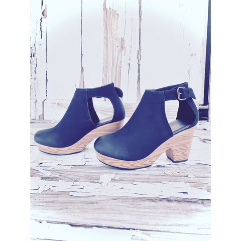 Matisse Gillian Suede Wedge