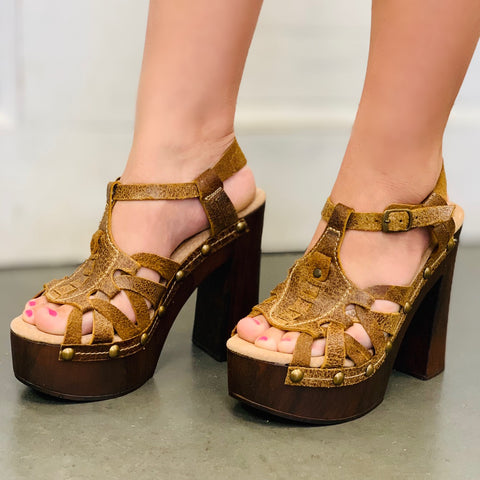 Golden Boulevard Wedge