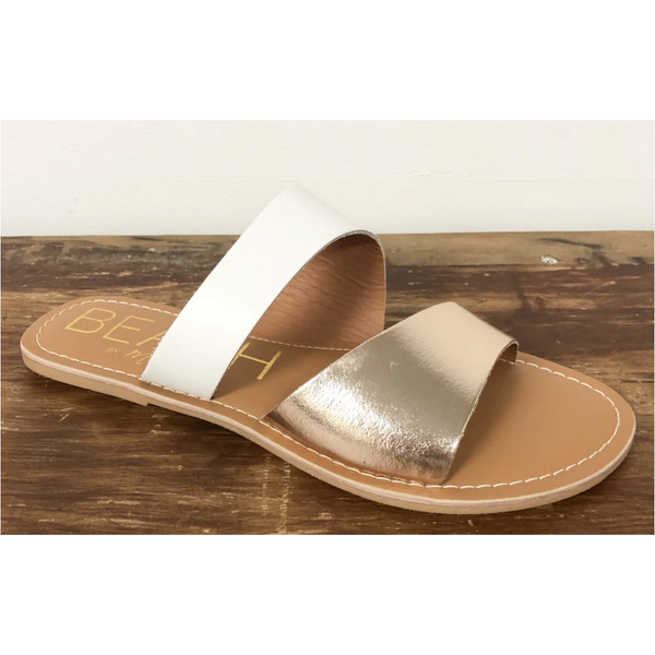Matisse Coastal Sandal in Gold Leather